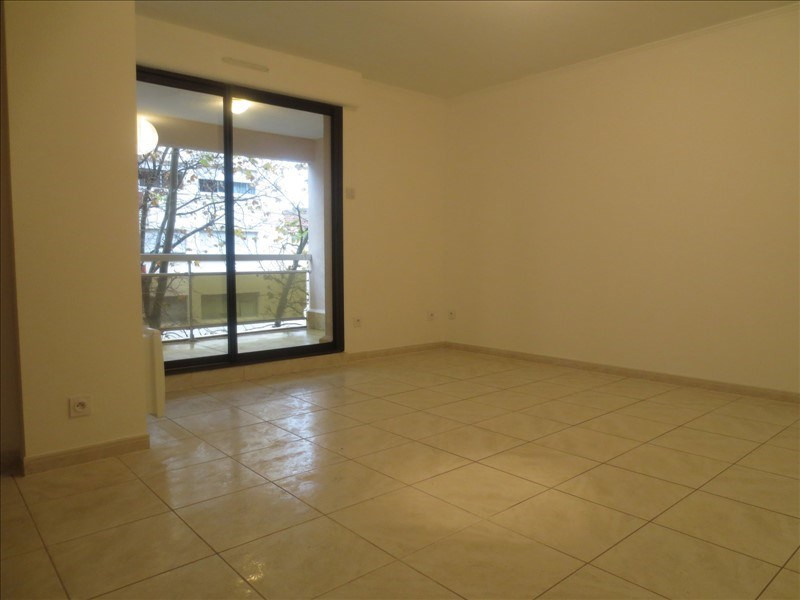 Sale apartment Montpellier 210 000€ - Picture 2