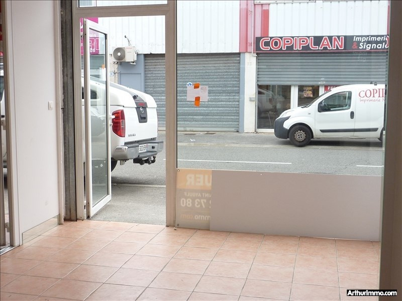 Location local commercial Frejus 1 200€ +CH/ HT - Photo 1