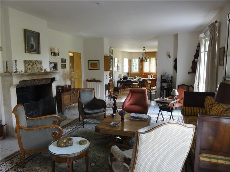 Deluxe sale house / villa Montfort l amaury 995000€ - Picture 4