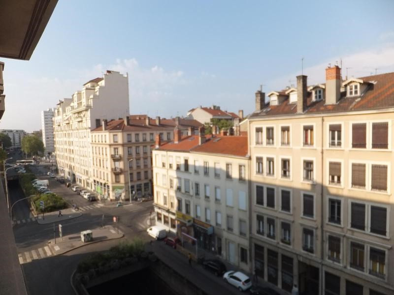 Location appartement Lyon 3ème 769€ CC - Photo 5