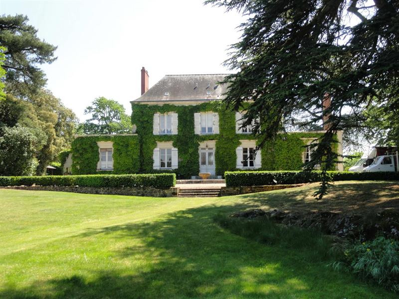 Deluxe sale house / villa Angers saumur 689 000€ - Picture 2
