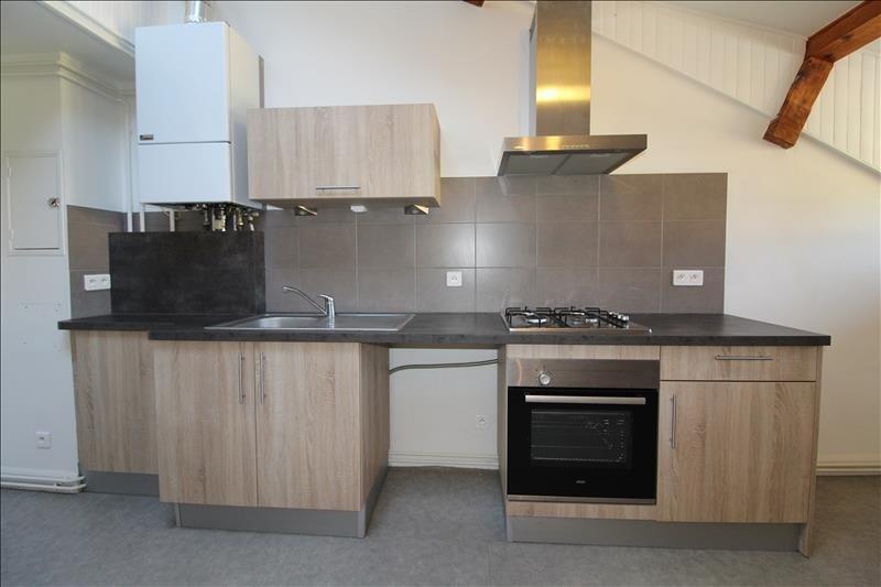 Rental apartment Voiron 607€ CC - Picture 2