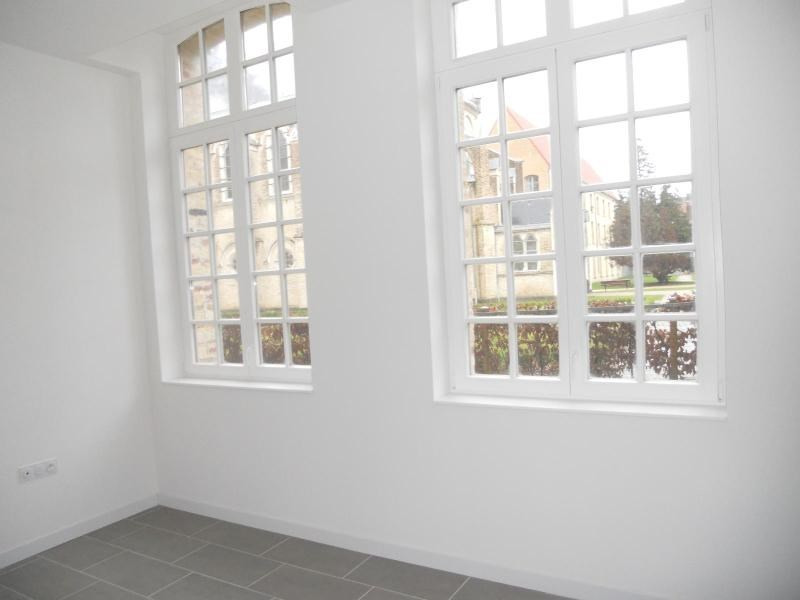 Location appartement St omer 527€ CC - Photo 3