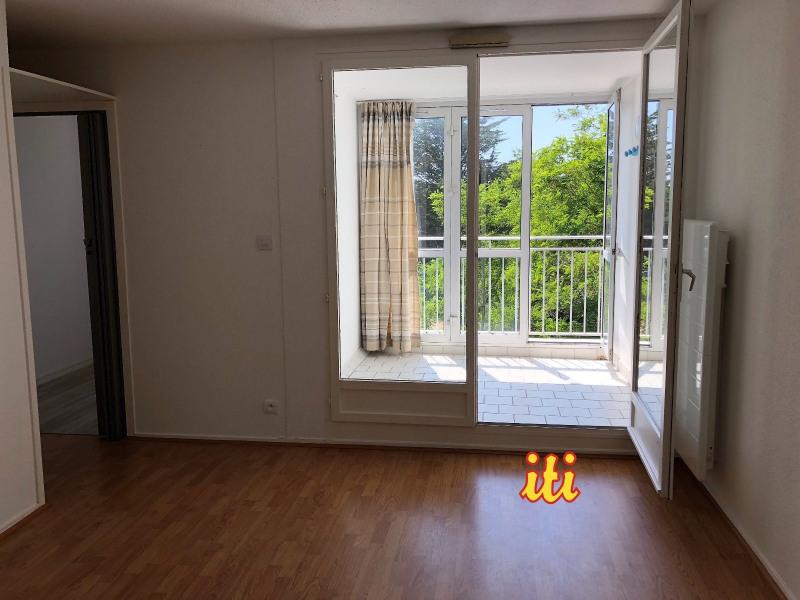 Sale apartment Chateau d olonne 103000€ - Picture 1