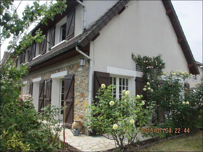 Sale house / villa Montgeron 475000€ - Picture 1