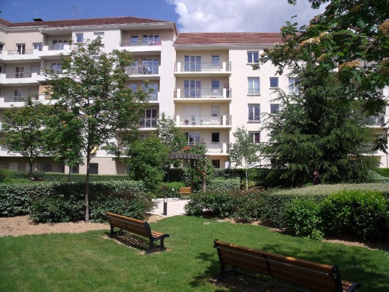 Sale apartment Melun 129000€ - Picture 1