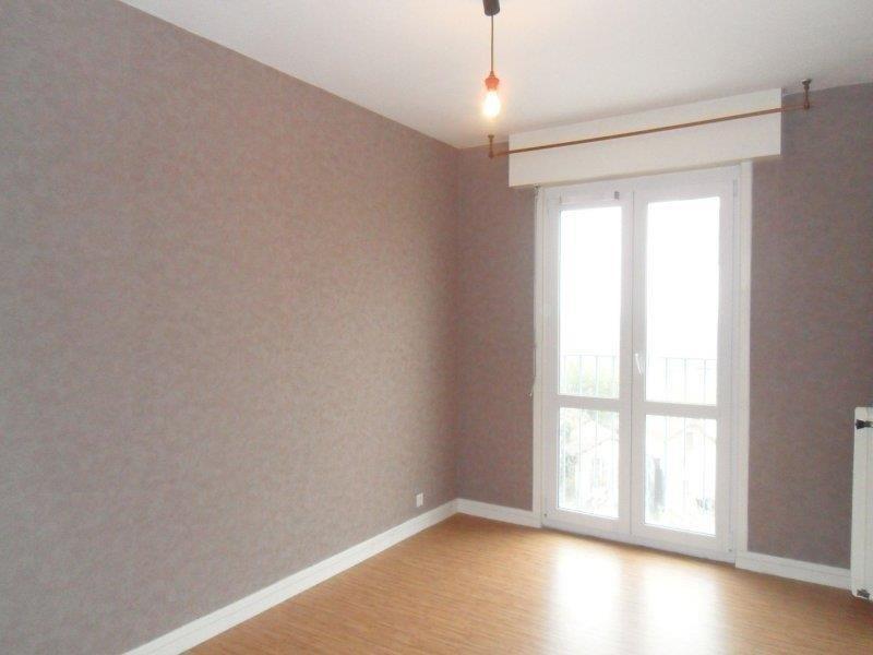 Rental apartment Saint andre les vergers 498€ CC - Picture 2