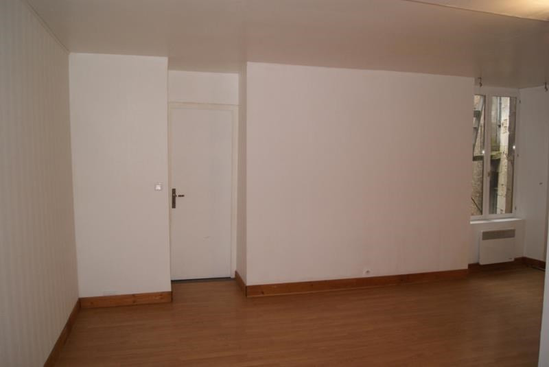 Location appartement Etais la sauvin 295€ +CH - Photo 2