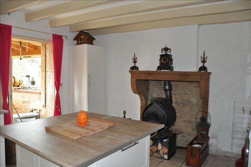 Sale house / villa Liergues 295000€ - Picture 4