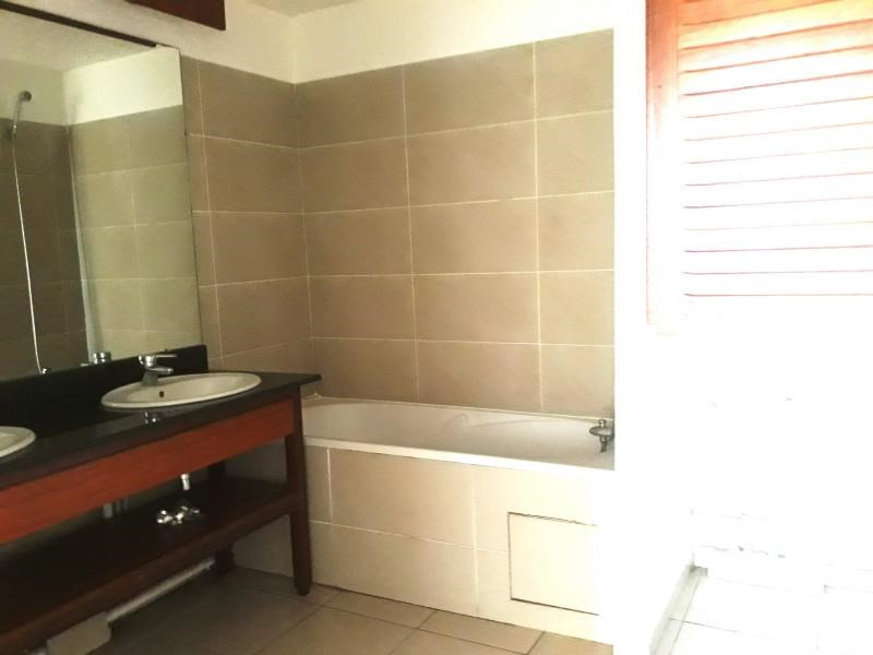 Sale apartment Saint denis 168000€ - Picture 4