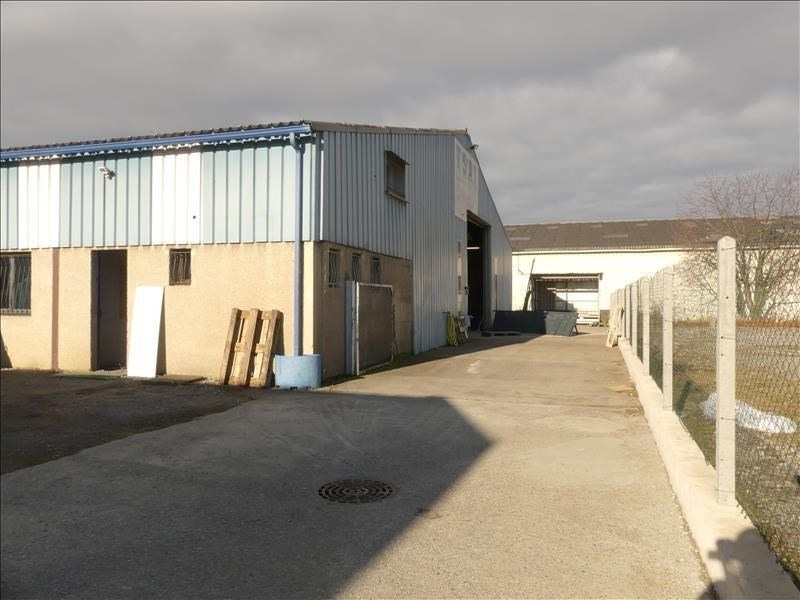 Sale empty room/storage Lons 207000€ - Picture 1