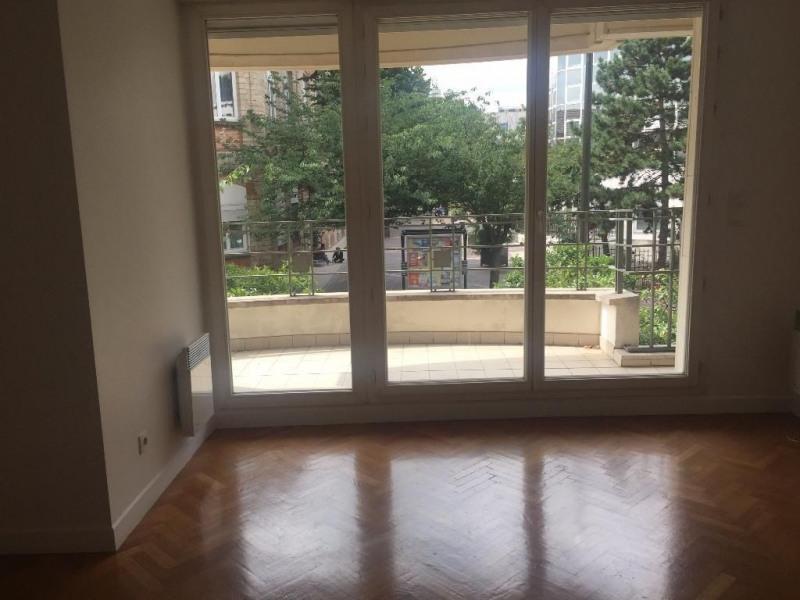 Location appartement Levallois perret 1480€ CC - Photo 3