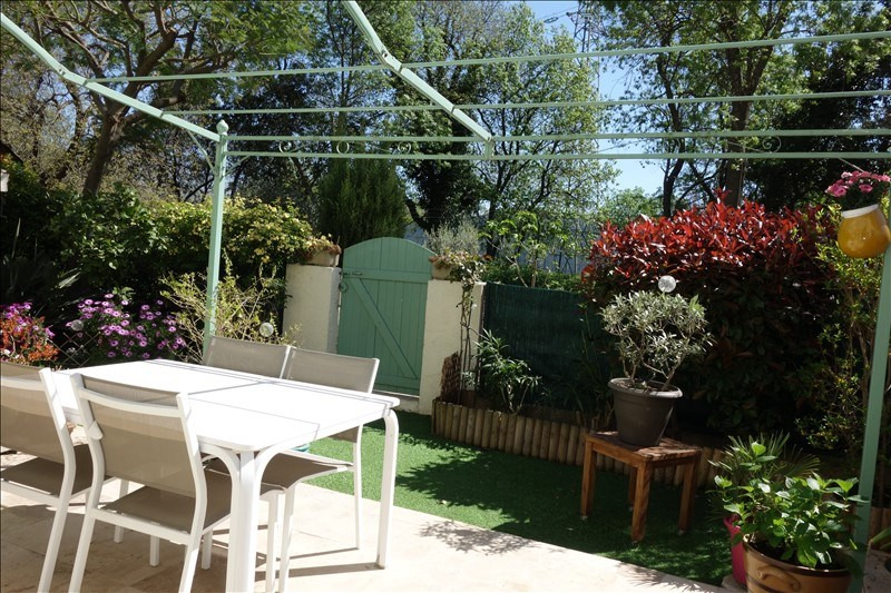 Vente maison / villa Hyeres 299250€ - Photo 4