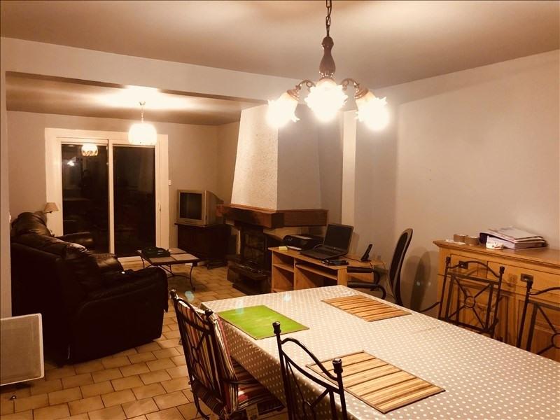 Sale house / villa Combs la ville 239900€ - Picture 2