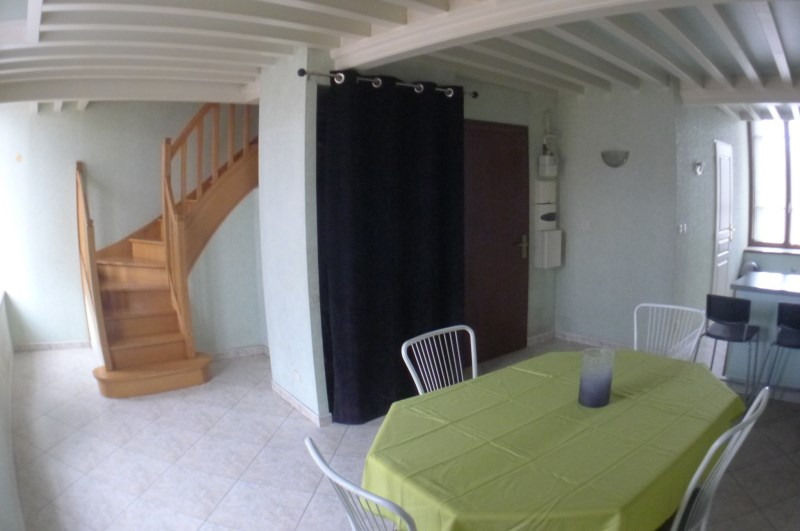 Rental apartment Oullins 860€ CC - Picture 1