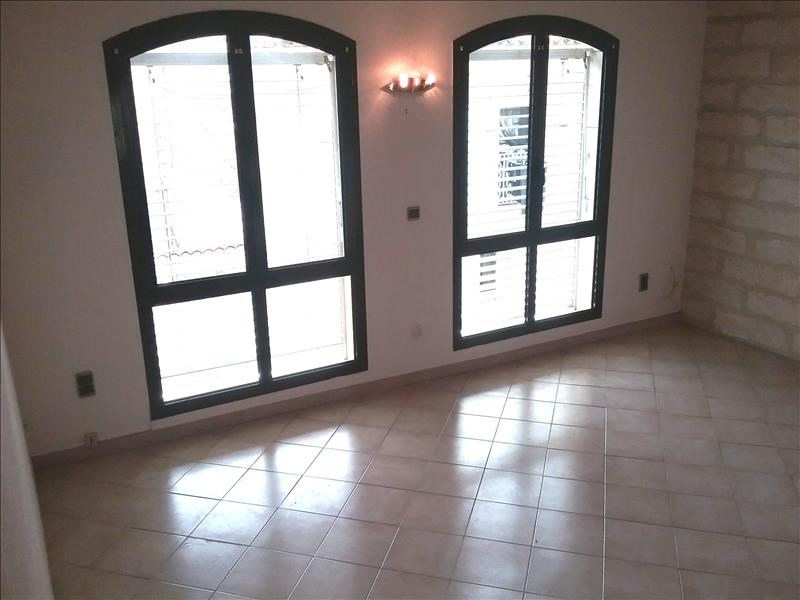 Rental house / villa Marsillargues 498€ CC - Picture 1