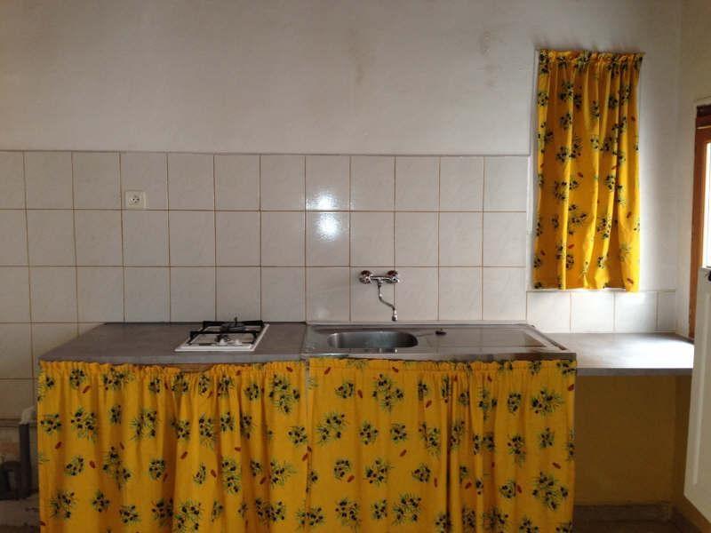 Rental apartment La ciotat 430€ CC - Picture 3