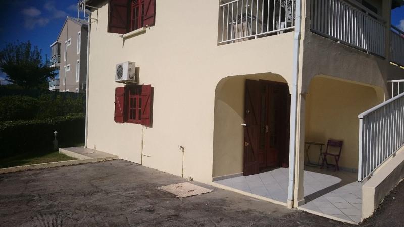 Rental house / villa Le gosier 480€ CC - Picture 1
