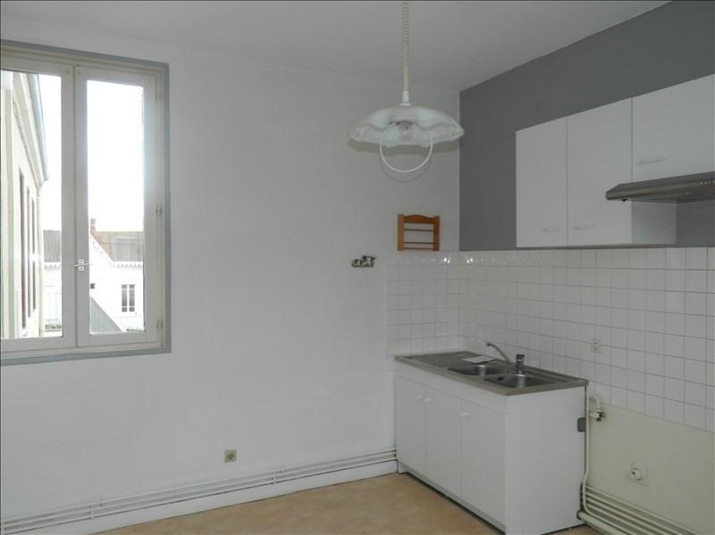 Rental apartment Riorges 410€ CC - Picture 2
