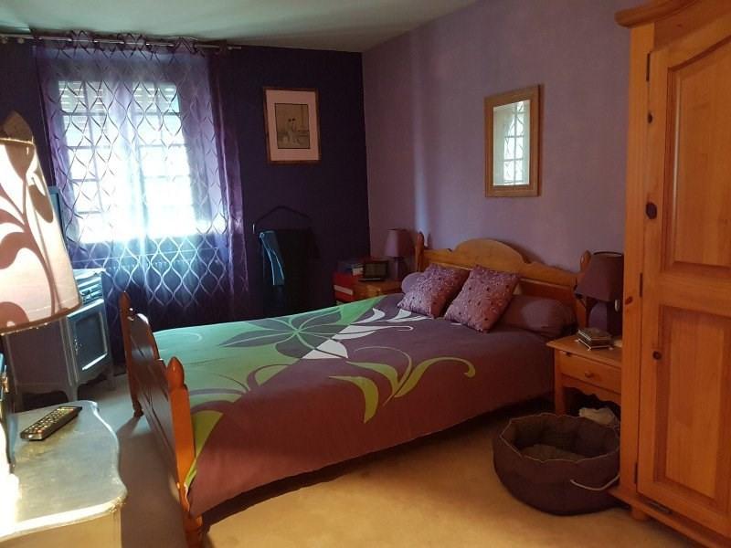 Sale house / villa St laurent de chamousset 179000€ - Picture 5