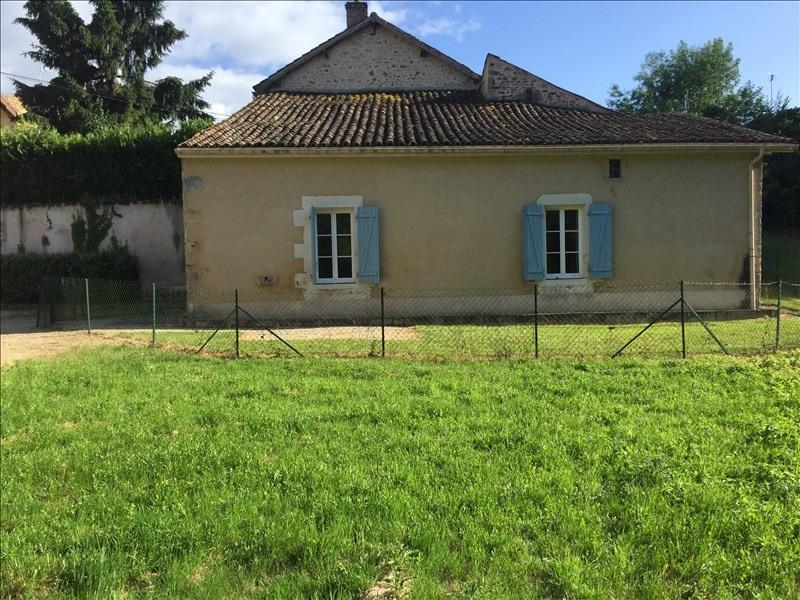Location maison / villa Vivonne 620€ CC - Photo 1