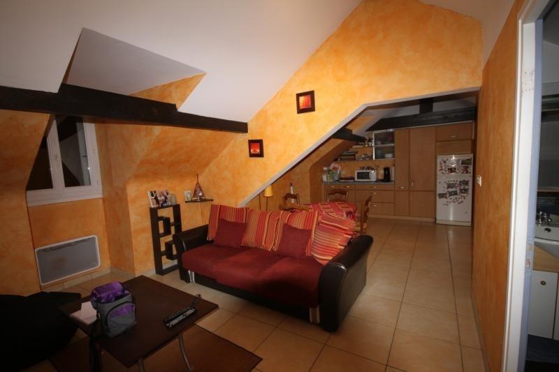 Sale apartment Oloron ste marie 65625€ - Picture 2