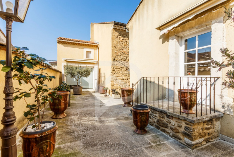 Vente maison / villa Sorgues 340 000€ - Photo 1