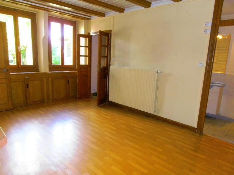 Location maison / villa Bellignat 706€ CC - Photo 1