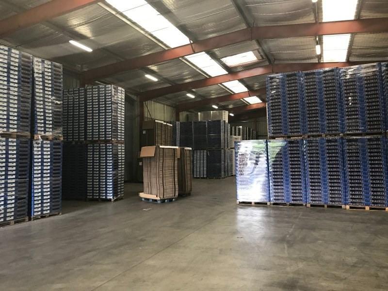 Sale empty room/storage Ledat 830000€ - Picture 3