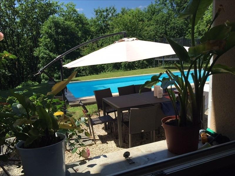Venta de prestigio  casa Charbonnieres les bains 775000€ - Fotografía 2