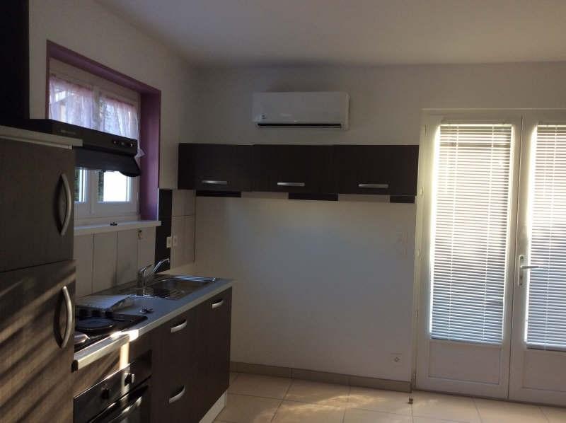 Location appartement Etauliers 587€ CC - Photo 1