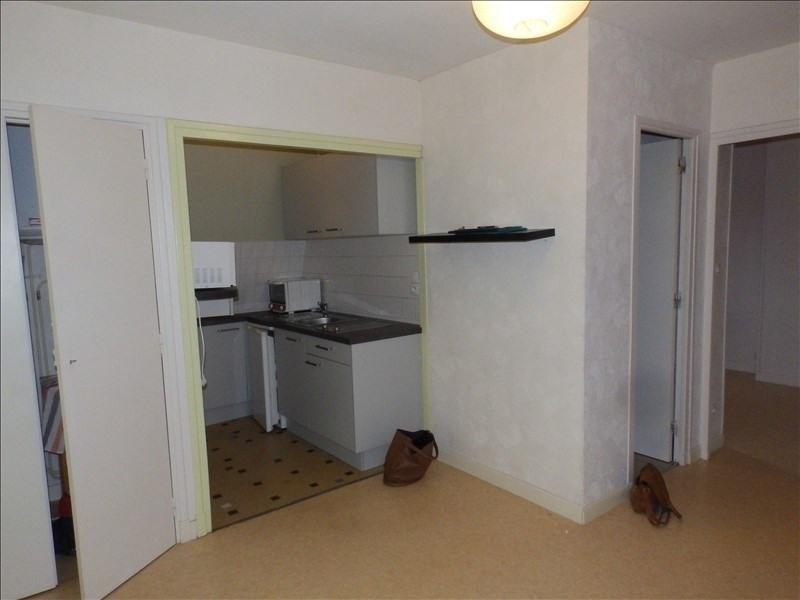 Location appartement Moulins 330€ CC - Photo 3