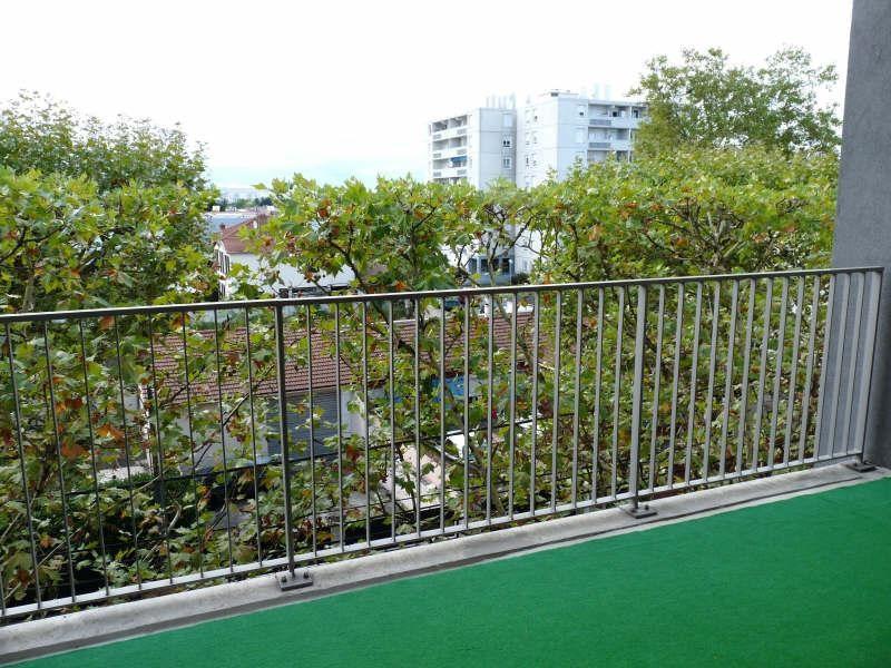 Sale apartment Vaulx en velin 149000€ - Picture 3