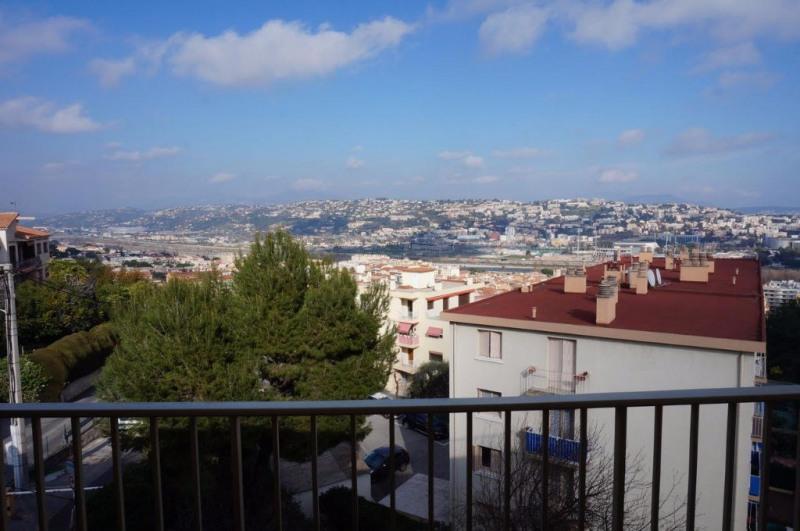 Vendita appartamento Saint laurent du var 212000€ - Fotografia 1