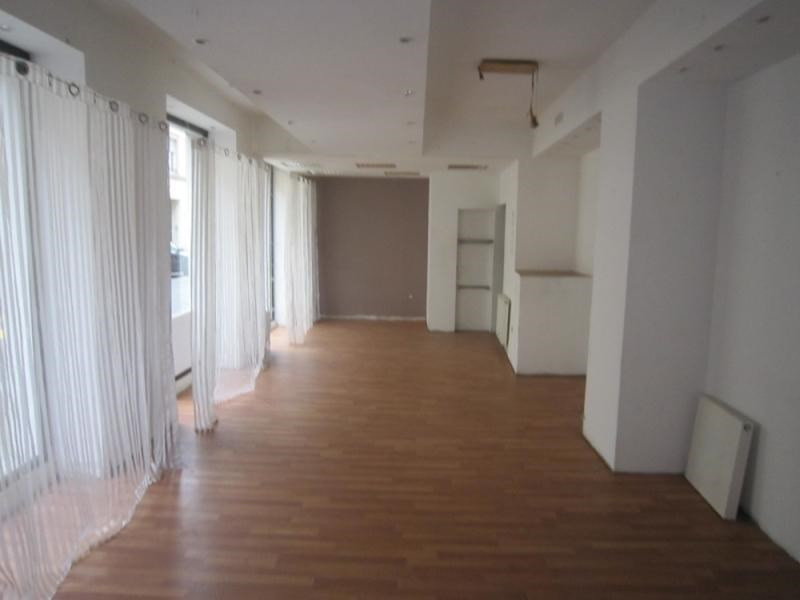 Location local commercial Strasbourg 700€ CC - Photo 1