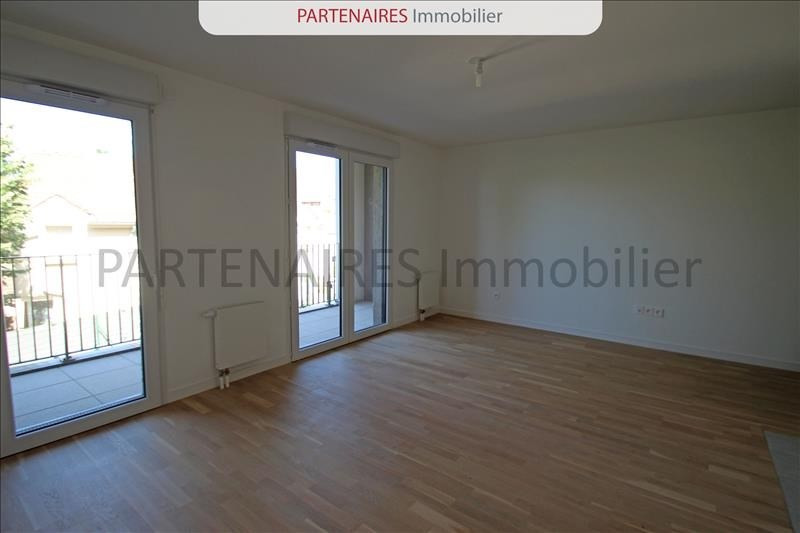 Rental apartment Rocquencourt 1 208€ CC - Picture 4
