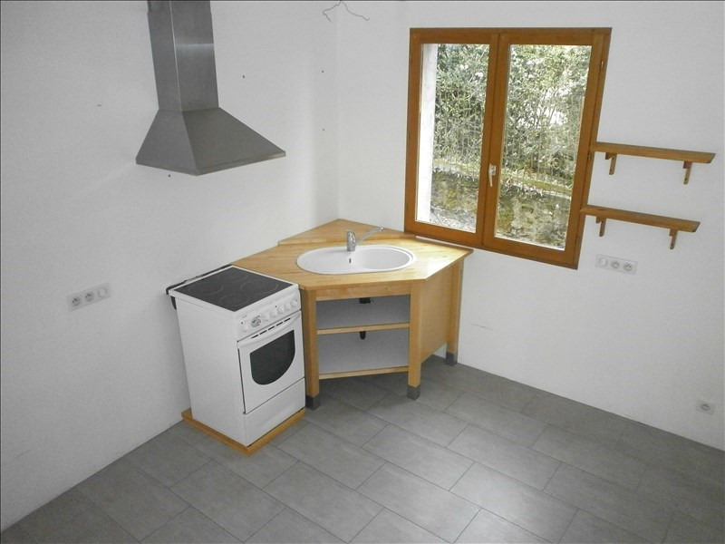 Location maison / villa Crachier 560€ +CH - Photo 2