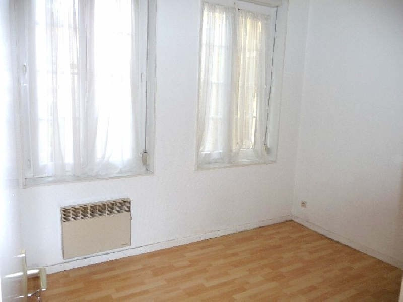 Rental apartment St omer 470€ CC - Picture 4