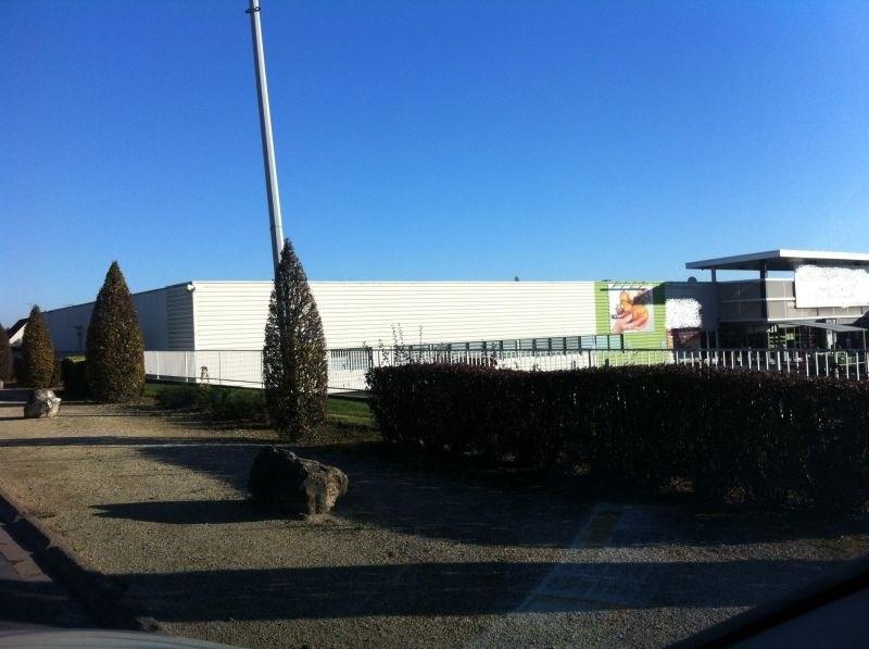 Location Local commercial Saint-Germain-du-Puy 0