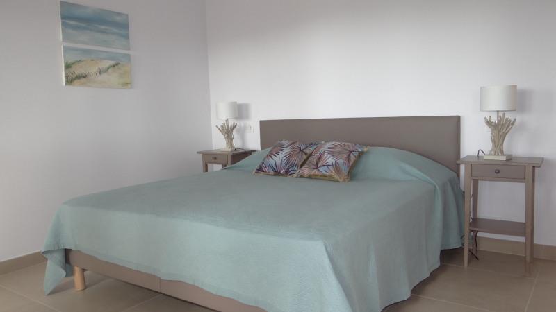 Vacation rental house / villa Cavalaire sur mer 2000€ - Picture 15