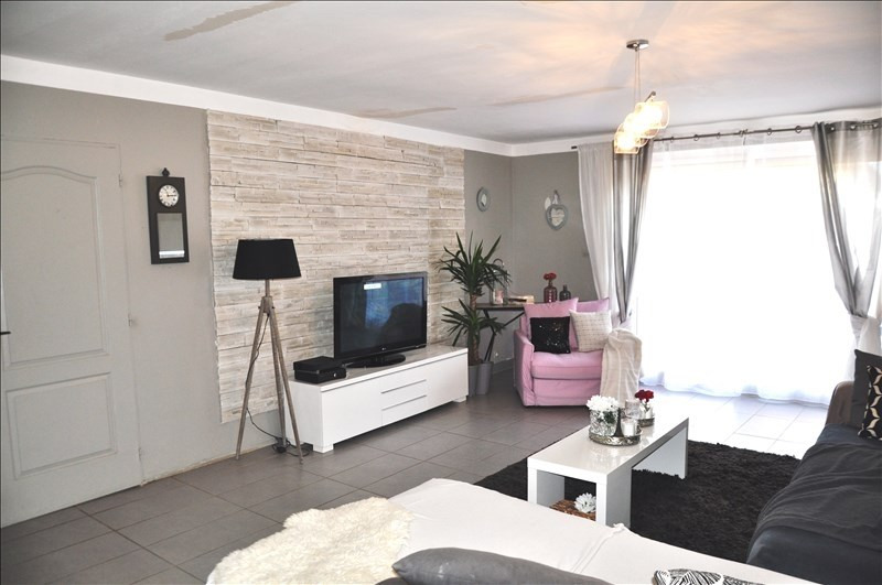 Vente maison / villa Assieu 219 000€ - Photo 3