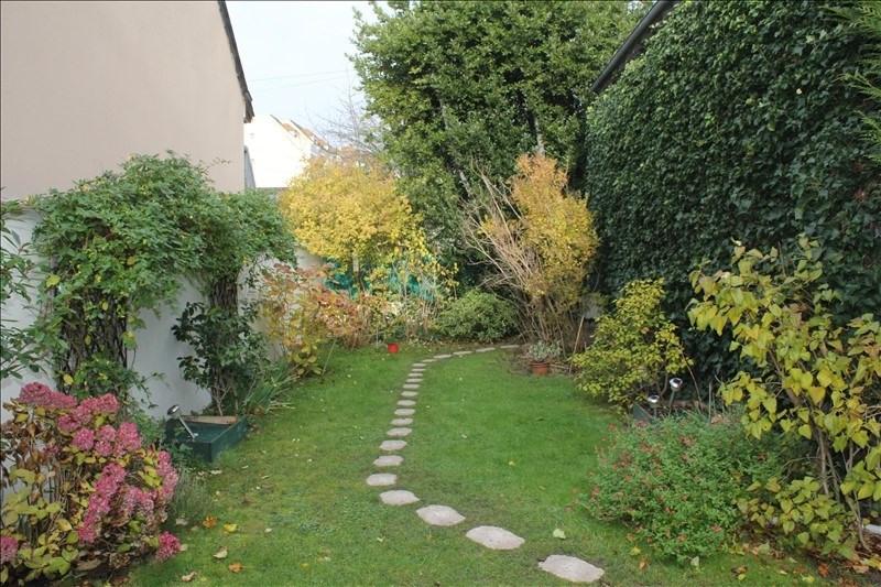 Sale house / villa Houilles 393000€ - Picture 7