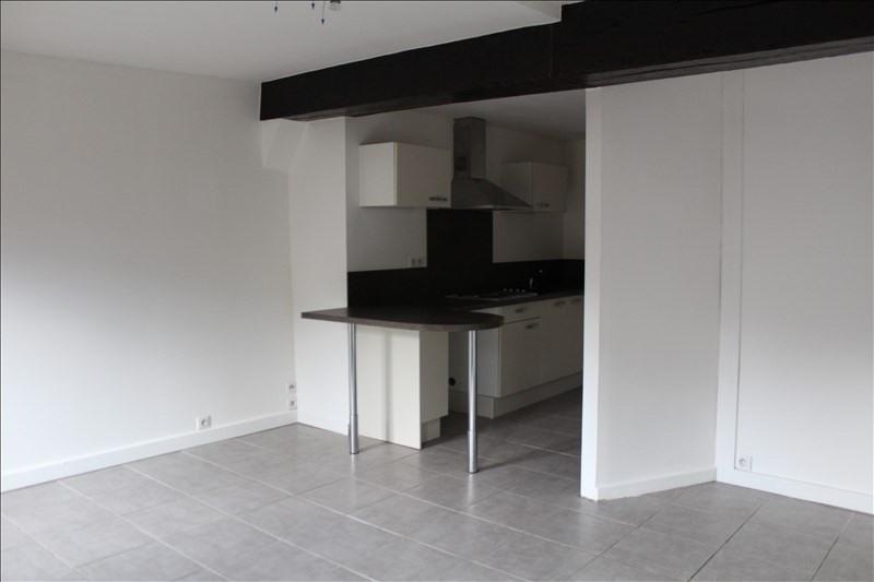 Rental apartment Auxerre 450€ CC - Picture 1