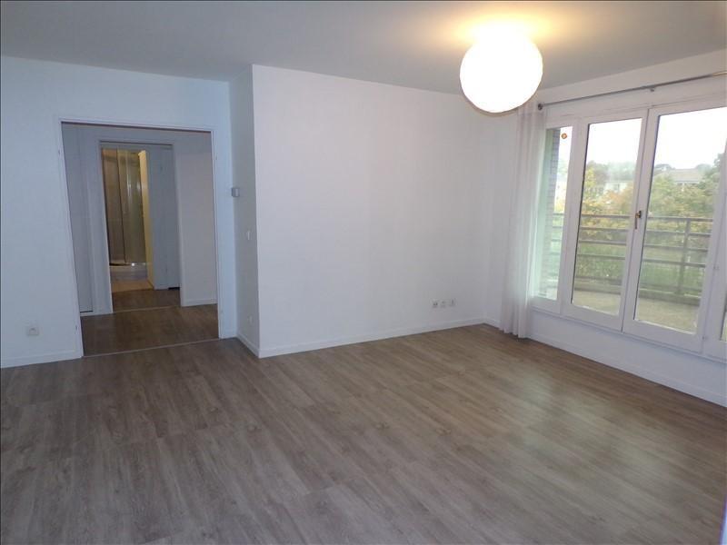 Vendita appartamento Montigny le bretonneux 239000€ - Fotografia 2