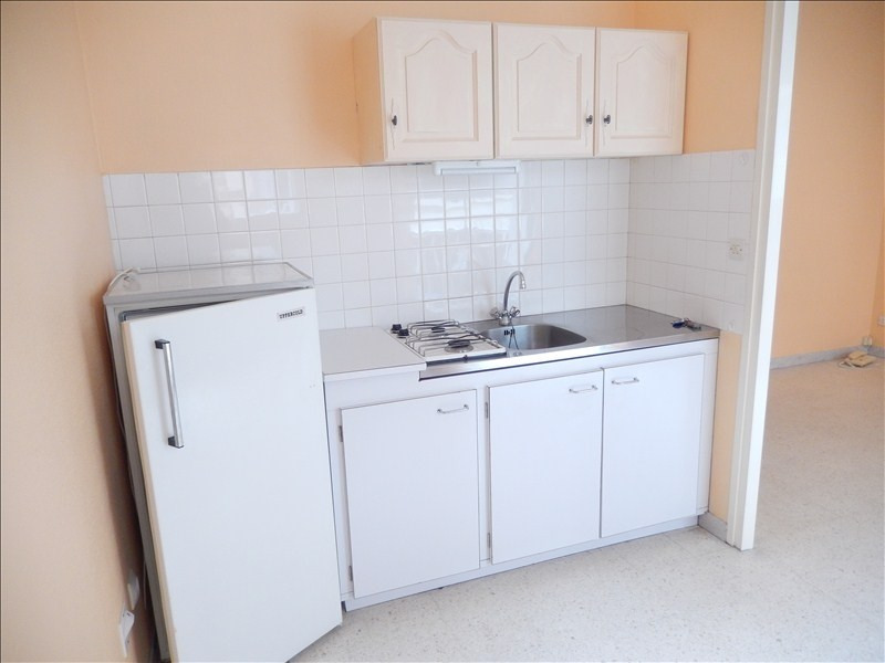 Location appartement Le puy en velay 289,79€ CC - Photo 2