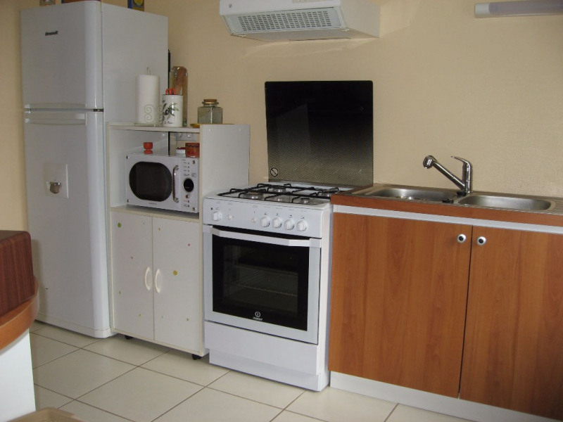 Rental house / villa Boisseuil 820€ CC - Picture 1