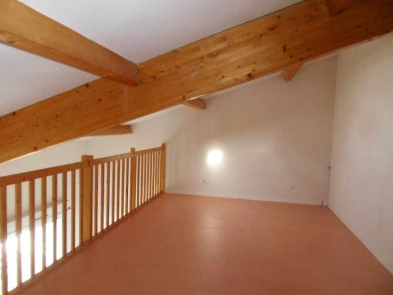 Rental apartment Cognac 422€ CC - Picture 5