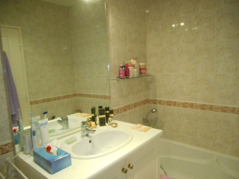 Sale apartment Menton 565000€ - Picture 6