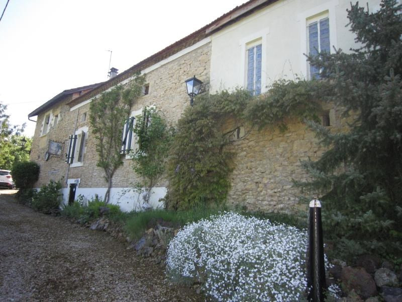 Sale house / villa Le buisson de cadouin 148 000€ - Picture 1