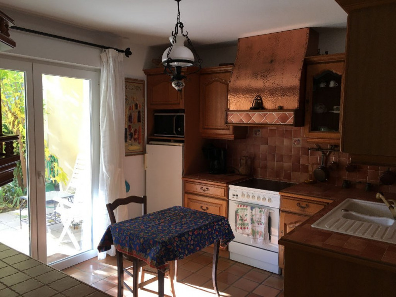 Sale apartment Villeneuve les avignon 305 000€ - Picture 4